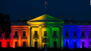 150626213815-rainbow-white-house-super-169